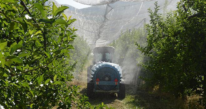 Le nouveau dispositif national, doté de 30 millions d'euros, servira à soutenir financièrement l'achat de matériel d'application des produits phytosanitaires plus performant. Photo : C.Even/Pixel6TM