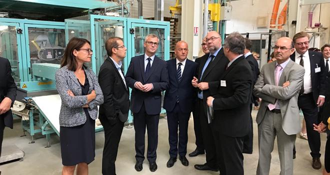 Inauguration de l'extension de l'usine Créaline Agrial à Lessay (50), le 15 mars dernier. Photo : @LMaillart, Twitter