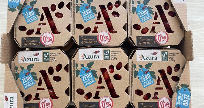 Depuis le 21 juin, Azura propose ses tomates cerises allongées « Zéro Résidu de Pesticides » dans des barquettes 100 % carton. Photo DR