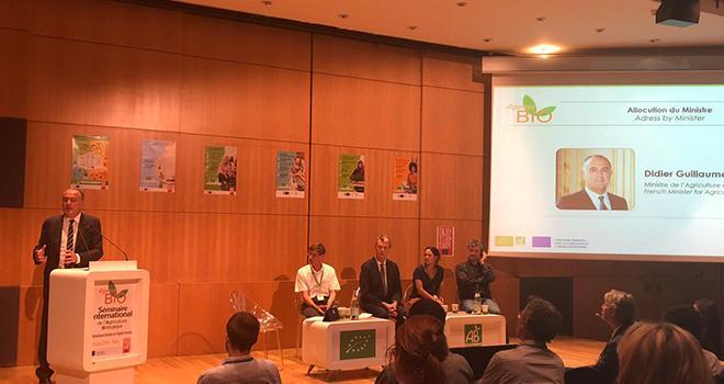 Lors du séminaire de l'Agence BIO, Didier Guillaume s'est positionné contre le chauffage des serres en agriculture bio. Photo : Twitter Didier Guillaume.