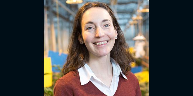 Sarah Danan a pour mission d'accompagner les entreprises dans leurs projets d'innovation, depuis l'émergence d'idées jusqu'à l'aide au montage de dossiers de demande de financement.