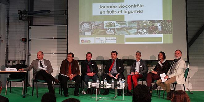"""Lors de la Journée biocontrôle, Luc Barbier, président de la FNPF et Gérard Roche, vice-président de Légumes de France ont participé à la table ronde sur le thème : """"Quelle place du biocontrôle en fruits et légumes ?""""."""