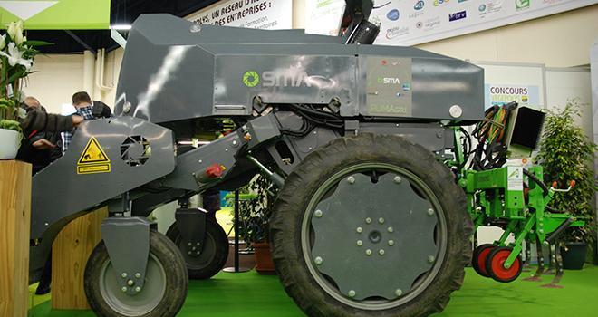 La « plate-forme universelle mobile agricole » (PUMAgri) cible avant tout le maraîchage de plein champ et la vigne. Photo : O.Lévêque/PIxel Image