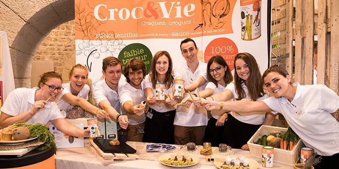 """L'équipe « L'équipe """"Croc&vie"""" a obtenu l'Ecotrophelia d'or pour son produit nomade et sain. Photo :C.DelestradeCroc&vie » a obtenu l'Ecotrophelia d'or pour son produit nomade et sain."""