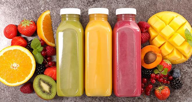 Le segment bio et le frais – les smoothies notamment – ont dynamisé la consommation de jus et de nectars de fruits. Photo : M.studio