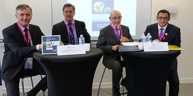 Les partenaires d'AgTech avec à gauche, les 2 représentants de l'ESEO et à droite les 2 représentants de l'ESA.
