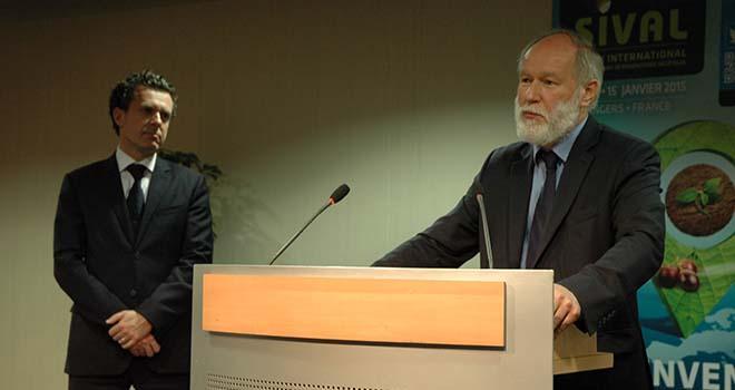 Christophe Béchu, maire d'Angers (à gauche) et Bruno Dupont, président du Sival, lors de l'inauguration de l'édition 2015.