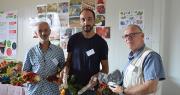 Les produits commercialisés par « En direct de nos fermes » sont très variés. Dominique Florent vend notamment des poivrons, David Aurand, des charcuteries et Alain Maunier, des figues bio. Photo : C.Even/Pixel Image