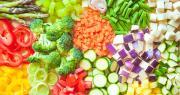 La prise de participation de 50% de Fleury Michon, par augmentation de capital, dans l'entreprise Frais Emincés permet au groupe de franchir une nouvelle étape en s'enrichissant d'un nouveau savoir-faire de produits 100% végétaux, fraîchement découpés, sains, savoureux et pratiques. Photo : Maresol/Adobe Stock