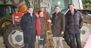 Lancement d'un partenariat de production en pêches en vallée du Rhône. De gauche à droite : Vincent Faugier, directeur général de Lorifruit ; Francis Genton, arboriculteur dans la Drôme ; Alain Boiron, président de Boiron Frères SAS et Christophe Claude, directeur général de Rhoda-Coop.
