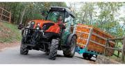 """Selon Axema, les immatriculations de tracteurs neufs en vigne et en verger sont en baisse de 5,3 %. En photo, le Same Frutteto S ActiveDrive """"Machine of the Year 2017"""" en tracteur spécialisé. Photo : Same"""