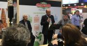 Le président du Cerafel, Marc Keranguéven, a présenté les nouveaux engagements de la marque Prince de Bretagne en termes de transparence et d'innovations lors d'une conférence au Salon Fruit Logistica de Berlin. Photo : Prince de Bretagne