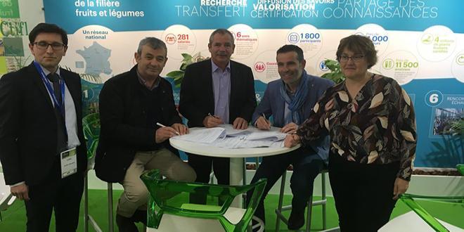 Le CTIFL et la station régionale Arelpal ont signé une convention de partenariat le 17 janvier au Sival. Photo : CTIFL